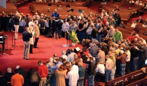 Oklahoma Baptist pastors spend time at the alter.