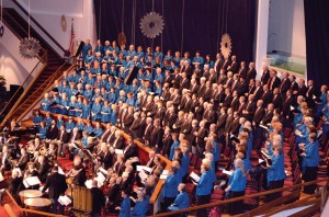 Singing Churchmen and ChurchWomen performed Tuesday night.
