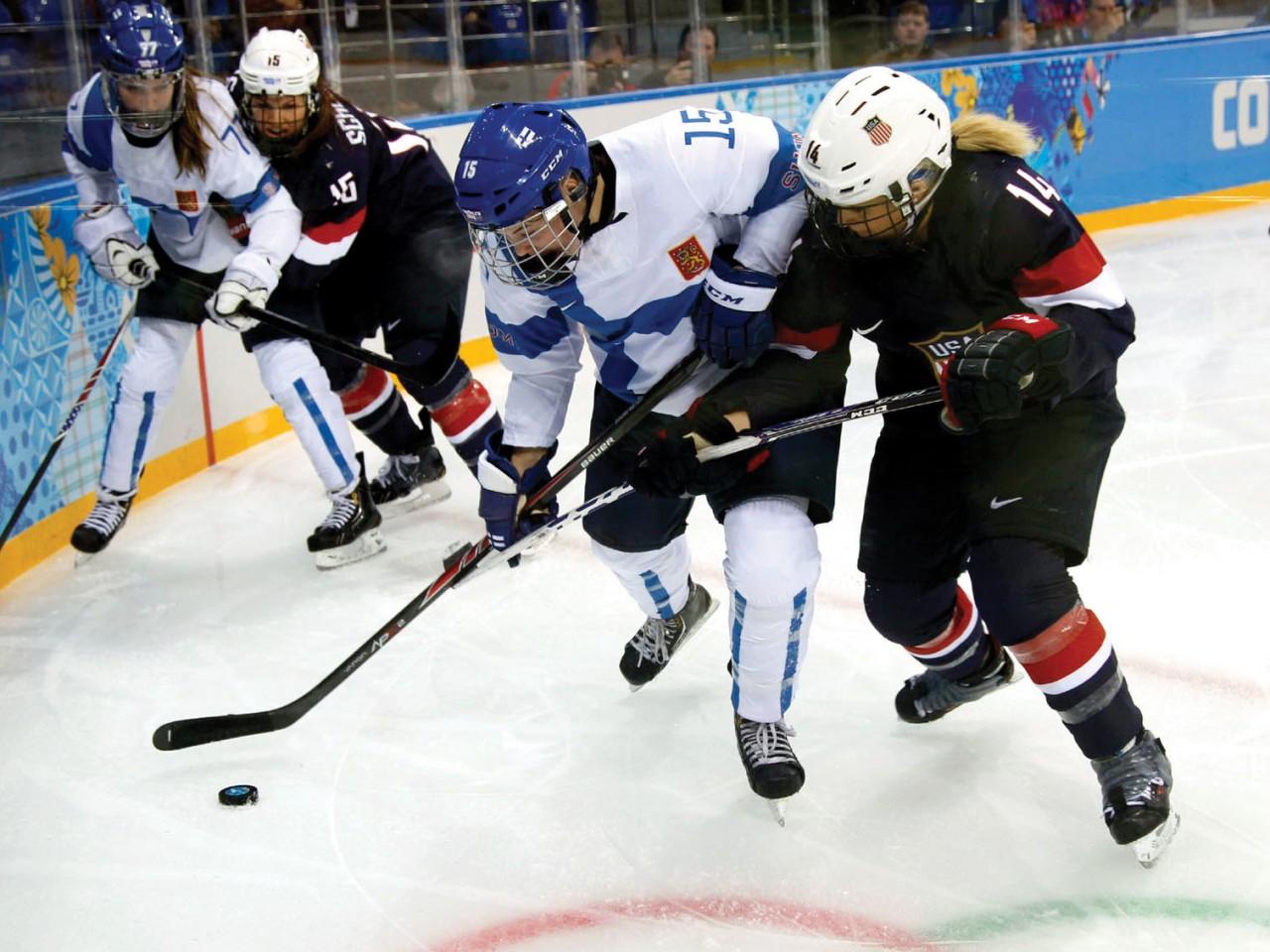 USA-Hocky-Player-2