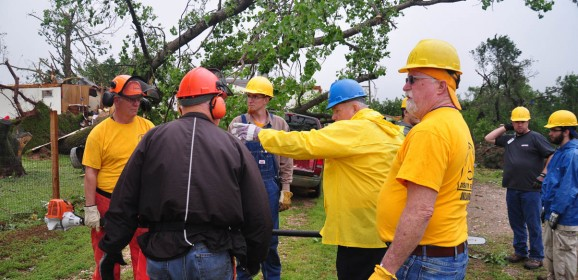 Oklahoma Baptists Surpass 10,000 Meals Prepared for Disaster Relief; Continue to Clear Debris