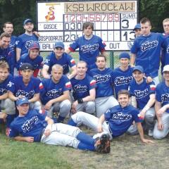 Hesskew uses sports to reach Poland